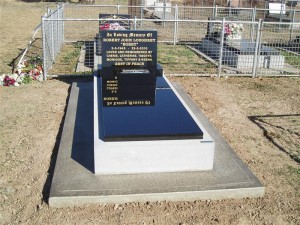 Single Polished Black Stone Monument Dubbo