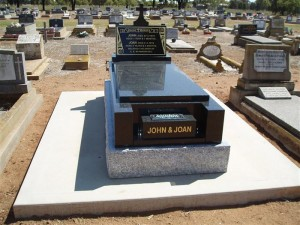 Single Raised Monument Dubbo