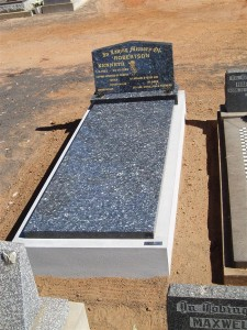 Single Grey Polished Monument Dubbo